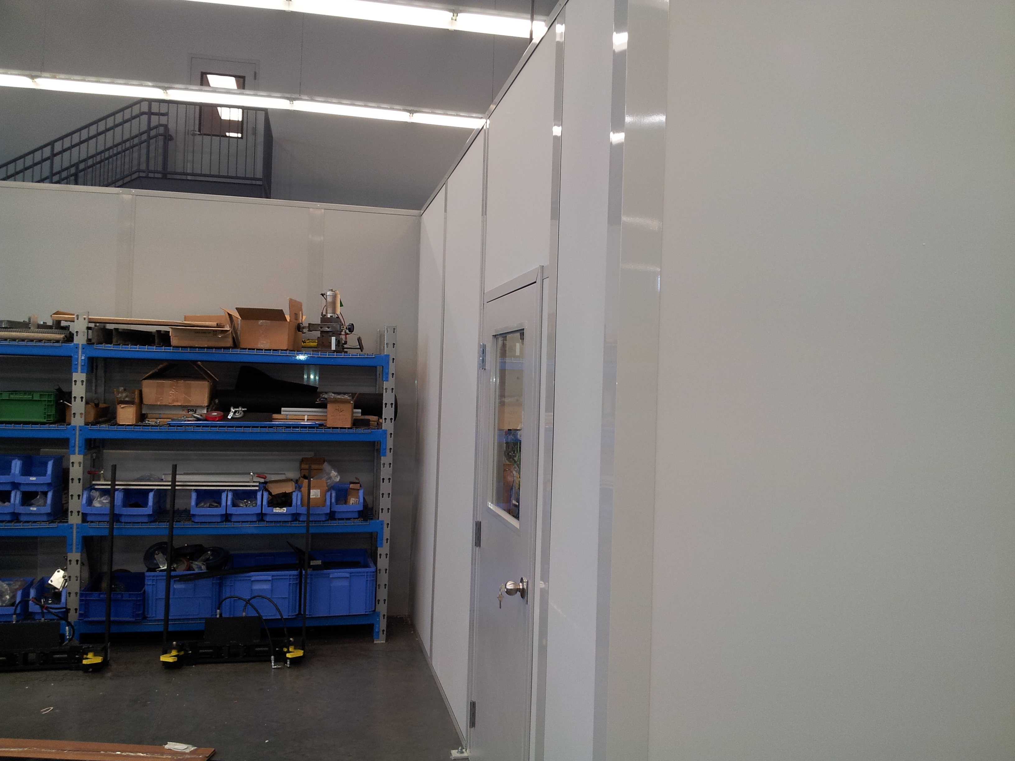 PRECOR WALL PARTITION PHASE 2 SWING DOOR